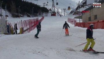 Koronavirüse rağmen kayak keyfi