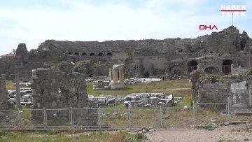 Side'de inşaat kazısında Roma Dönemi'ne ait eserler bulundu