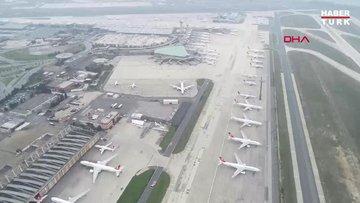 Atatür Havalimanı'nda bekleyen uçaklar havadan görüntülendi