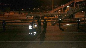 Feci kaza: 2 ölü! Düşen plakayı almak için dönünce yakalandı