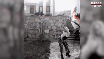 Hayal Köseoğlu'ndan bahçede dans