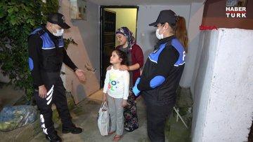 Polis, küçük kızın cips ve çikolata isteğini geri çevirmedi