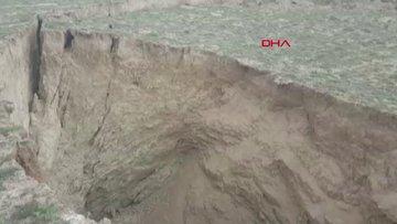 Konya'da 35 metre çapında, 15 metre derinliğinde yeni obruk oluştu
