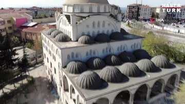 Depremde minaresi yıkılan camide son durum