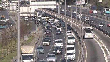 İstanbul'da eve dönüş trafiği eksi günlerini aratmadı