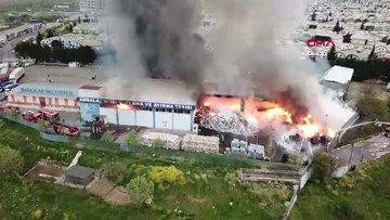 İSTOÇ'ta işyeri alev alev yanıyor