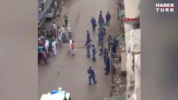 Hindistan'da yasağa uymayan halk polisi taşlarla kovaladı