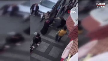 Ekmek sırasında bekleyen kadınların saç saça baş başa kavgası kamerada