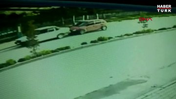 Oğlunun ölümüne neden olan sürücüyü, 4 yıl sonra sokak ortasında öldürdü