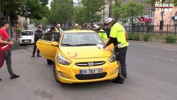 Beyoğlu'nda yasağa rağmen işe çıkan taksici: insiyatif kullandık