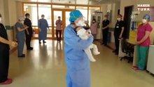 Kovid-19'u yenen 1,5 aylık bebek taburcu edildi
