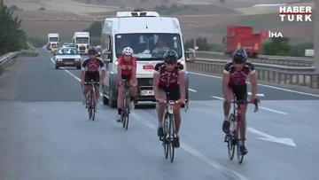 Milli sporcular, 680 kilometrelik yolu bisikletle gidiyor