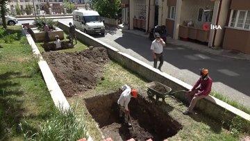Bin 200'e yakın kiliseye ismi verilmişti, mezarının bulunması için kazılar başladı