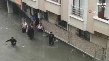 Bodrum katta sulara gömülen şahıs tamamen sulara gömüldü, eliyle yardım istedi