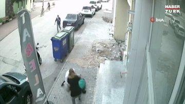 """""""Namusuma yan baktın"""" dedikleri kişiyi tekme tokat dövdüler...O anlar kamerada"""