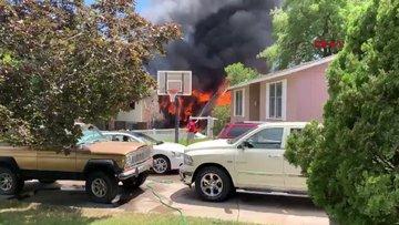 ABD'de uçak evin üzerine düştü 3 ölü 4 yaralı