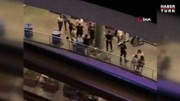 Gece kulübü çıkışında silahlar konuştu