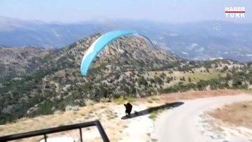 Yamaç paraşütü sporcusu Gülşah Hoş'tan rekor uçuş