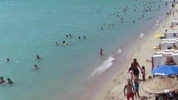 Saros Körfezi'ne tatilci akını. 500 nüfuslu köye 100 bin kişinin üzerinde kişi gitti