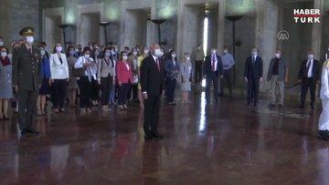 CHP Genel Başkanı Kılıçdaroğlu, Anıtkabiri ziyaret etti