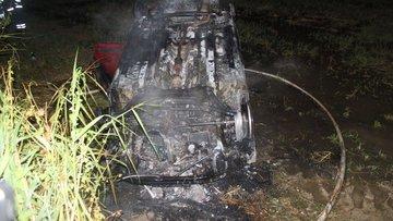 Denizli'de feci kaza! Otomobil sürücüsü yanarak can verdi