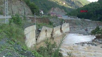 Selin vurduğu Giresun'da, kayıp 10 kişi aranıyor