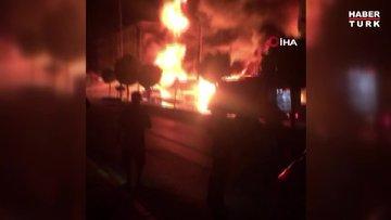 Bayındır'da 5 katlı bir apartman alev alev yanıyor