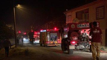 Manisa'da orman yangını: Bir mahalle tahliye edildi