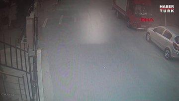 Esenyurt'ta camiden ses sistemi çalan hırsız kamerada
