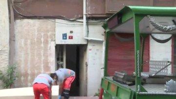 Fatih'te yabancı uyruklu genç kadın apartmanın merdivenlerinde ölü bulundu