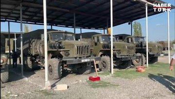 Habertürk TV Dış Politika Koordinatörü Çetiner Çetin, savaş bölgesinde Azerbaycan ordusu tarafından vurulan Ermeni güçlere ait askeri araçları görüntüledi