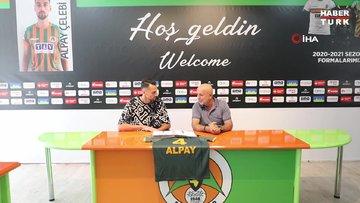 Beşiktaşlı genç stoper Alpay Çelebi Alanyaspor'da