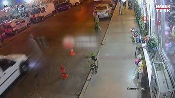 Yolun karşısına geçmeye çalışan vatandaşa otomobil çarptı... O anlar kamerada