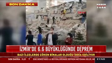 İzmir'de meydana gelen depremin ardından kentin üzerinde toz bulutu oluştu