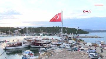 Tsunami'nin vurduğu Sığacık'taki Osmanlı kalesi hasar gördü