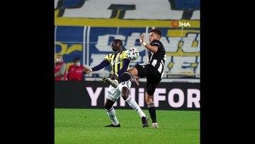 Fenerbahçe - Beşiktaş maçı ilk yarıdan kareler