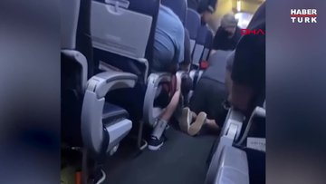 Uçakta koronavirüsten ölen yolcunun görüntüleri ortaya çıktı