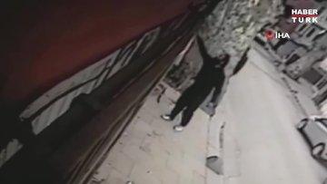 Beykoz'da Azerbaycan ve Türk bayraklarına çirkin saldırı kamerada