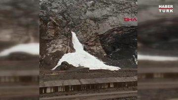 Hakkari'nin 3 bin 467 rakımlı sümbül dağında çığ düştü