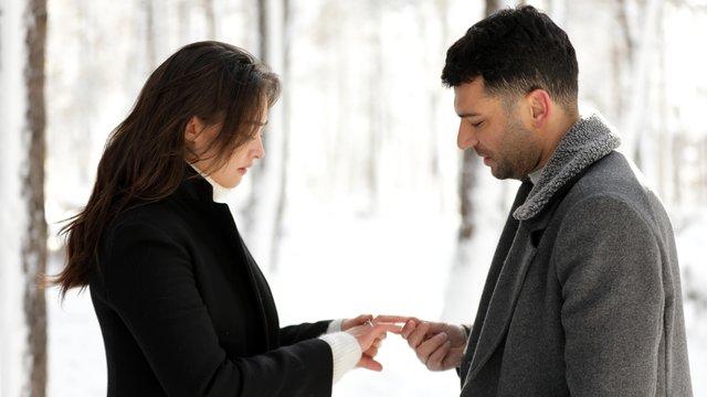 ''Benimle evlenir misin?''