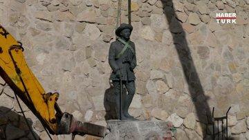 İspanyol diktatör General Franco'nun son heykeli de kaldırıldı
