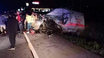 Otomobile çarpan kamyonet karşı şeritteki ambulansa çarptı: 4 ölü, 2 yaralı