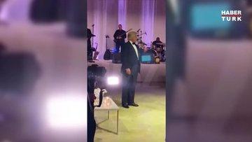 Trump düğünde ortaya çıktı: Beni özlemediniz mi?