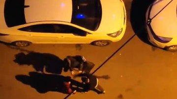 Küçükçekmece'de sokak ortasında kadına şiddet! Dehşet anları kameraya yansıdı