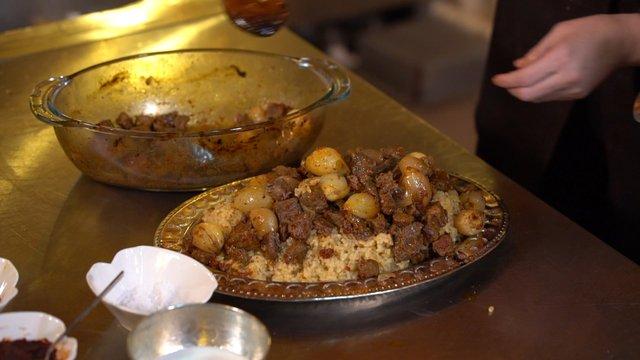 Saray mutfağına ait bir yemek: tas pilavı