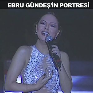 Ebru Gündeş'in portresi!