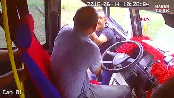 Minibüsçüler arasında hat kavgası; korku dolu anlar