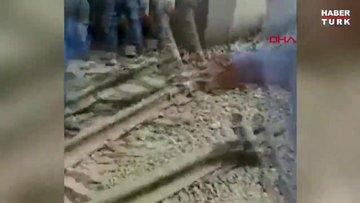 Mısır'da yolcu treni raydan çıktı: Ölü ve yaralılar var