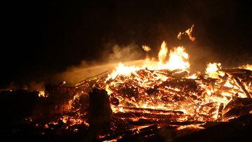 Kastamonu'da yangın faciası: 3 ev küle döndü, 2 kişi hayatını kaybetti