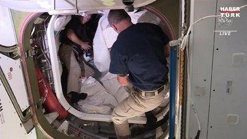 Uzay İstasyonunda görevli astronotlar 6 ay sonra dünyaya döndü!